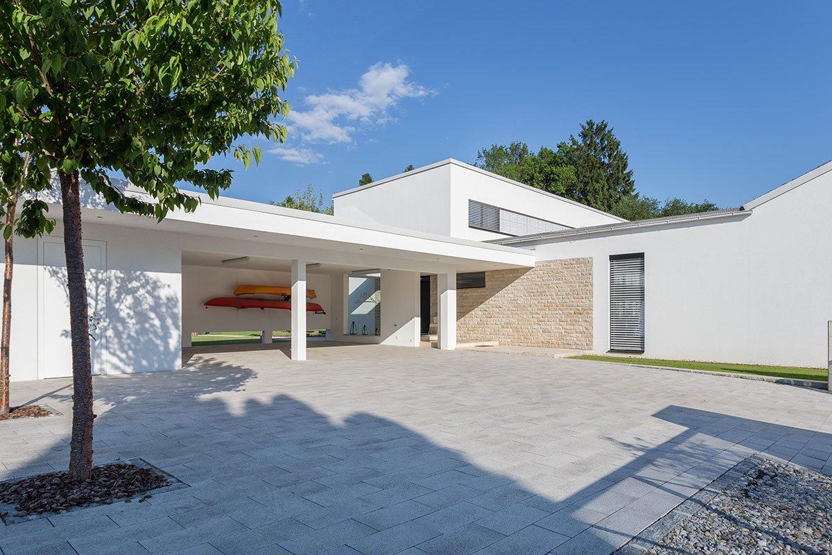 Außenbereich - Design Ferienhaus Bauhausvilla Kärnten, Spittal/Millstätter See